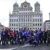 Gruppenfoto Rathausplatz